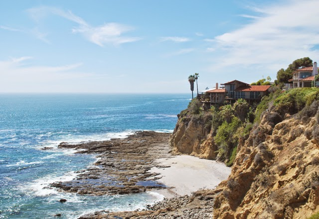 Crescent Bay Point Park | A beautiful little park hidden in a residential neighborhood offering incredible views of Laguna Beach in Orange County, California