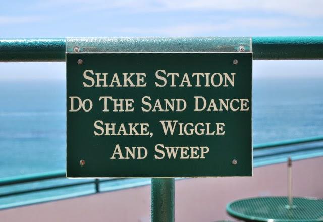 """Shake Station"" sign found in Laguna Beach, California"