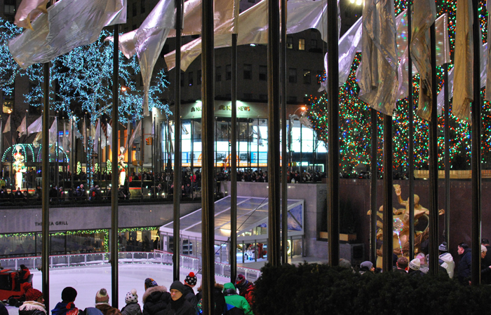 Christmastime in NYC   Em Busy Living